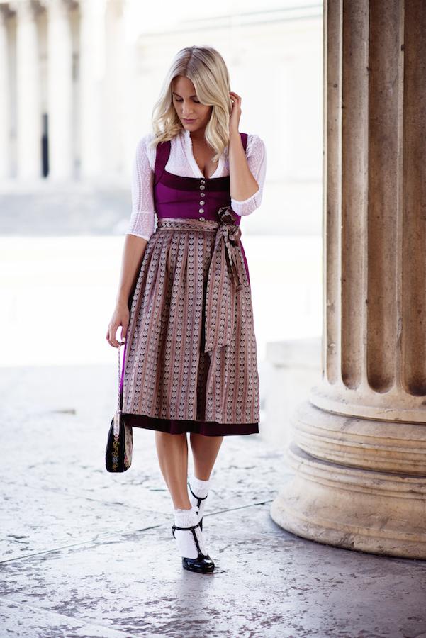 CocoVero-Dirndl-Munich-Sequinsophia-Fashionblogger-1-DSC_0166