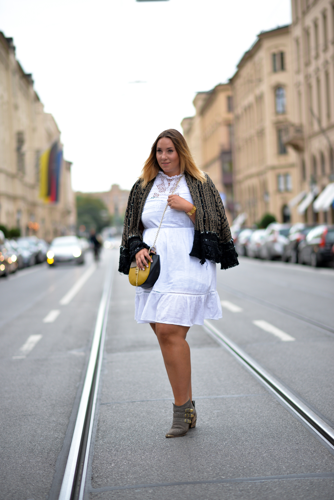 The Skinny and The Curvy One_Plus_Plus Size Blogger_Fashion_Blogger Deutschland_Fashionblogger Munich_Curve (1 von 17)