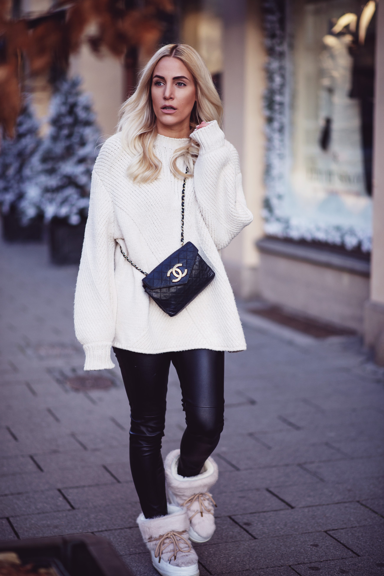 fashion-fashionblogger-blogger-chanel-winter-cozy-knitwear-leo-sequinsophia-6-dsc_6260