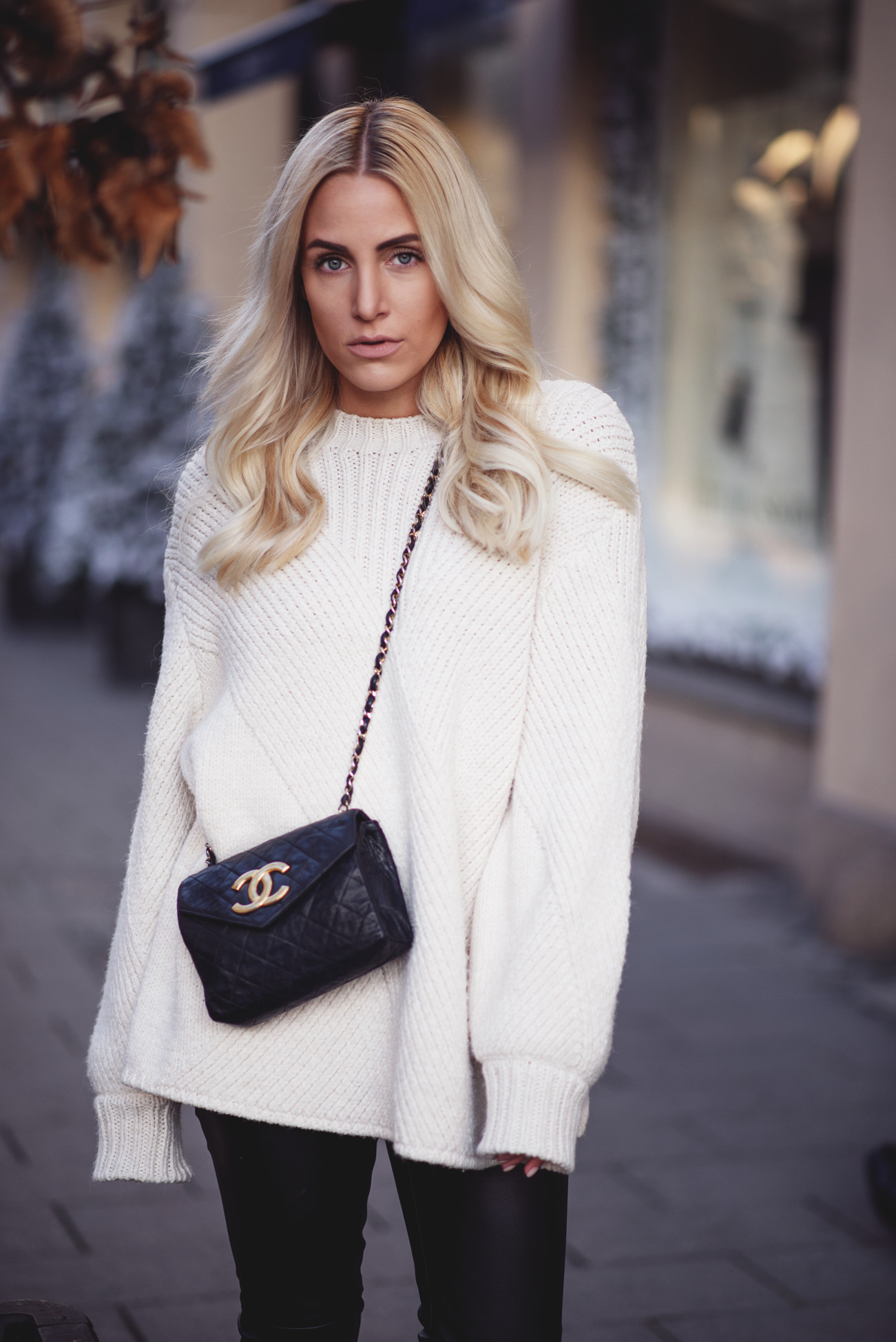 fashion-fashionblogger-blogger-chanel-winter-cozy-knitwear-leo-sequinsophia1-dsc_6281
