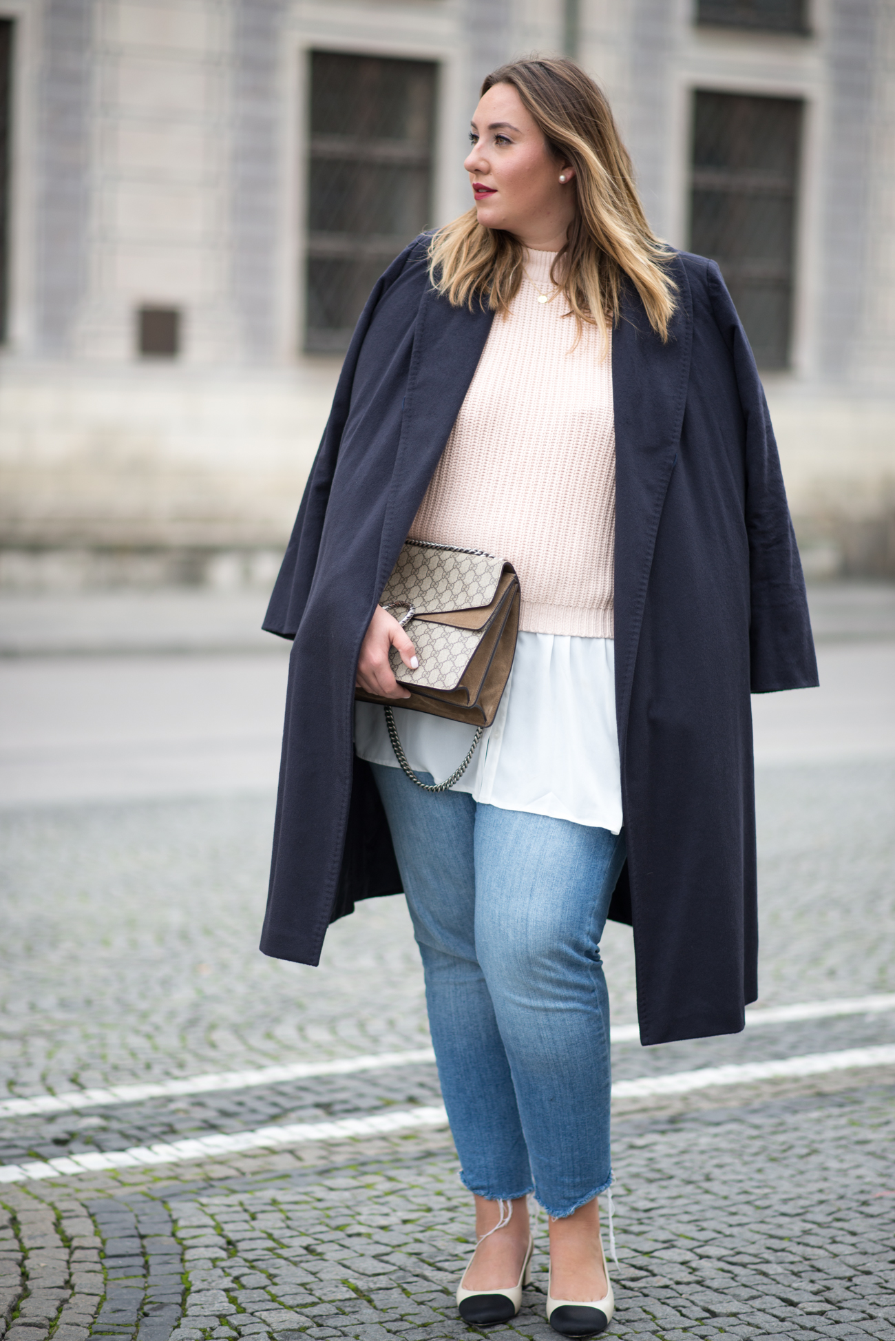 the-skinny-and-the-curvy-one_fashion_plussize_marina-rinaldi_chanel_jeans_blue-jeans_curve-outfit-inspo_muenchen-blogger_daily-outfit_plus-size-blog_plus-size-blogger-deutschland_-22-von-23