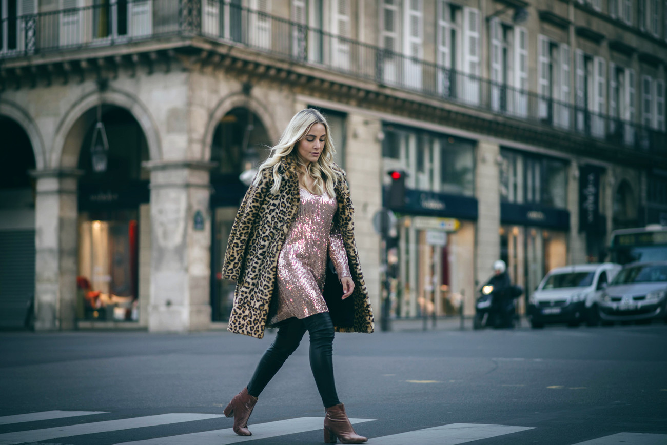 fashionblogger-blogger-streetstyle-paris-sequinsophia-5___00000-9396