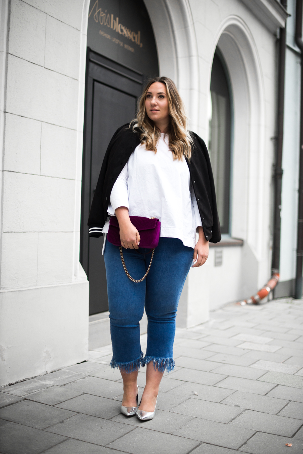 Gucci_The Skinny and the Curvy One_Ms wunderbar_Plus Size Blogger_curve blog_Fashionblog Deutschland_Plus Size Fashion Deutschland_College Jacke_Fringe Jeans (4 von 15)