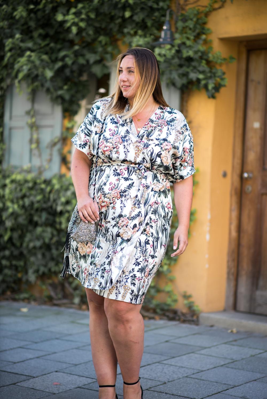Kimono Kleid_Mango Violeta_Plus Size_Plus Size Blogger_Curves Deutschland_Fashionblog Deutschland (5 von 18)